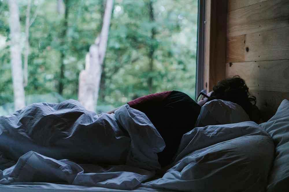 女性に多い慢性不眠症などの睡眠障害は、生活習慣病の予備軍になる!